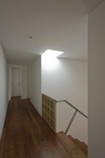 Foto do corredor de acesso aos quartos (piso 1)