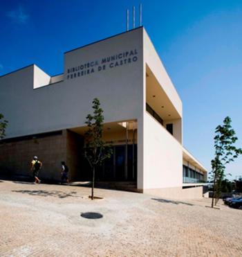 Exterior - Entrada Principal, Rua General Humberto Delgado