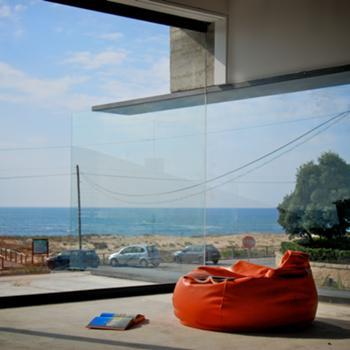 Vista do piso 1 sobre a praia