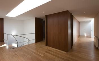 10 - Interior