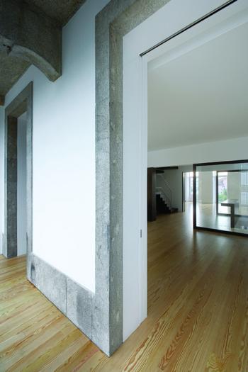 08 - Interior