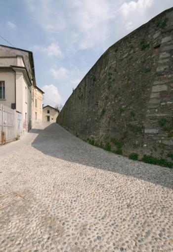 Via Annoni