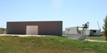 Enquadramento polivalente / edifícios de apoio