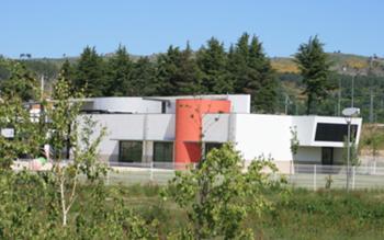 Perspectiva lado nascente – edifícios de apoio