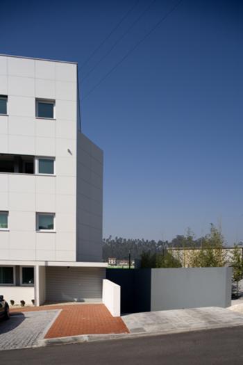 Habitação Multifamiliar em Talvai 06