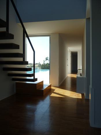 interior 3, vista do corredor; escada para o  mirante