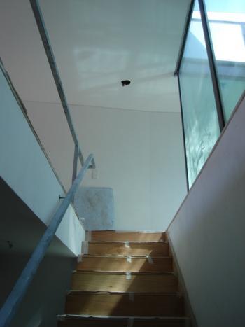 habitação rés-do-chão: acesso ao piso 1