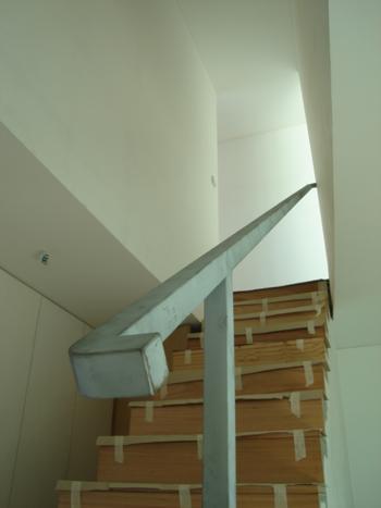 habitação piso 1: escadas acesso ao piso 2