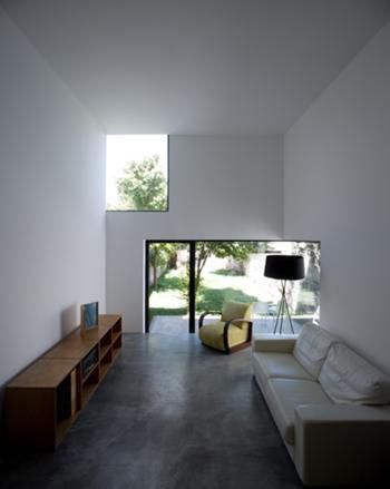 Casa M+M, Porto> Interior, Sala de estar e Acesso ao jardim
