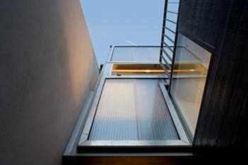 Casa M+M, Porto> Exterior, Fachada traseiras, pormenor caixilharias