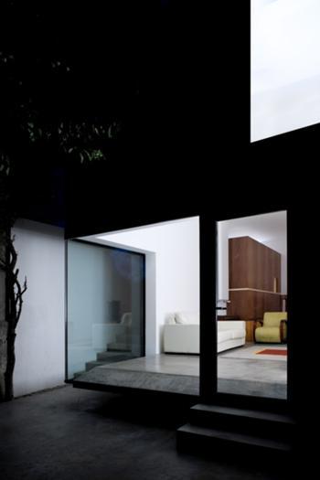 Casa M+M, Porto> Exterior, Fachada traseiras, noite