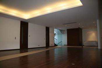 Sala comum e átrio entrada
